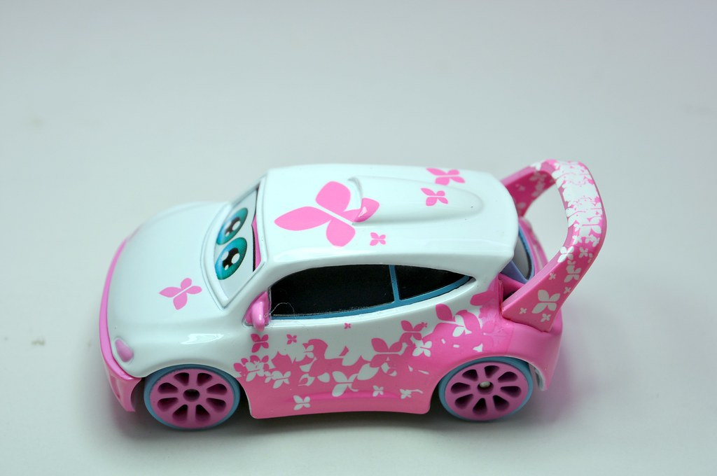 disney cars toons tokyo mater cho (5)