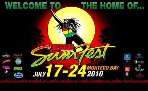 Usher toma el escenario central en el Festival Anual Reggae Sumfest de Jamaica