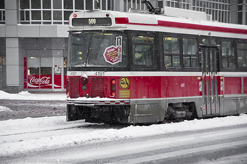 Snowy Wednesday: Streetcar