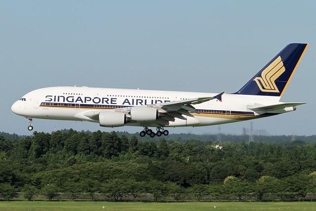 Singapore Airlines A380-800(9V-SKK)