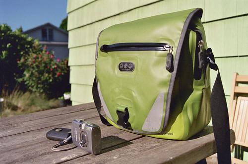 "pacific outdoor ""juneau"" bag"