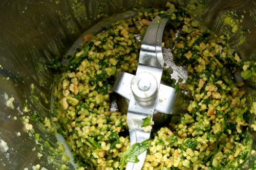 Pesto in the Thermomix
