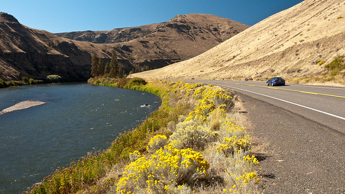 Yakima Canyon Road