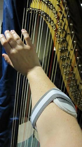 Elbow clasp