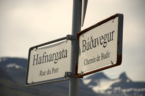 Icelandic-French signs...