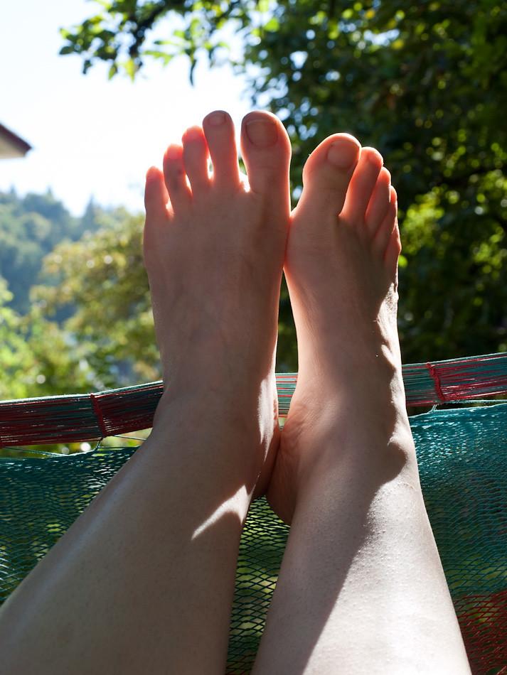 Translucent Toes