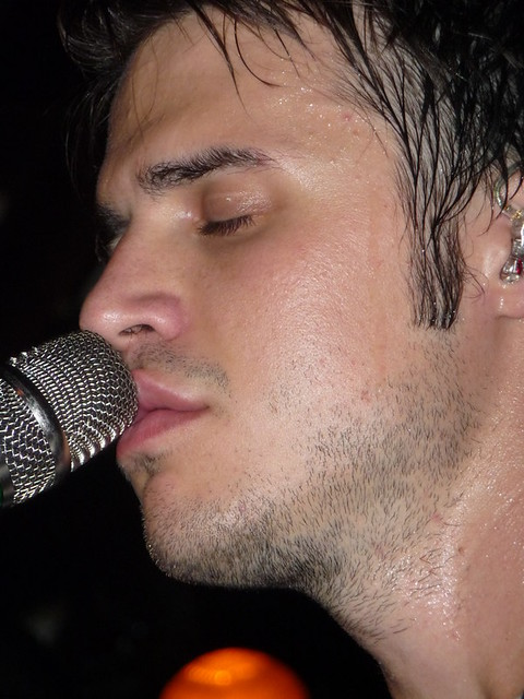 Kris Allen sexy UNF lips mouth mic microphone closeup close up picture photo