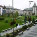 25 Piazza con Prefettura sullo sfondo