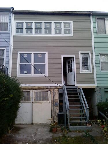 Exterior rear 11/18