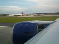 Thrust Reverser on Landing 777 in Atlanta