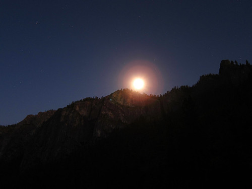 Moonrise, Tunnel View East