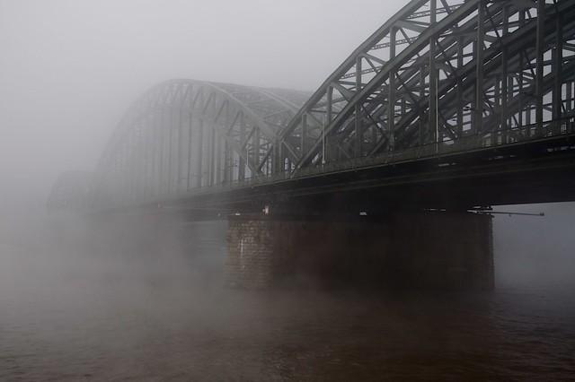 Fog and Bridge, Cologne