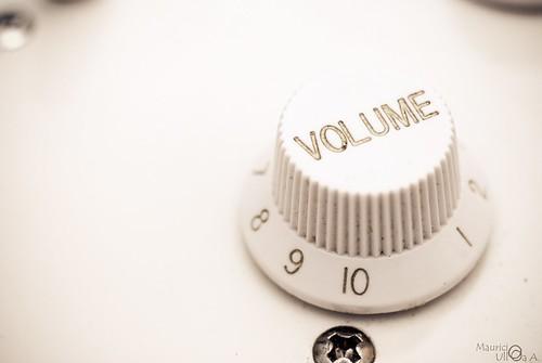 Volume +10.