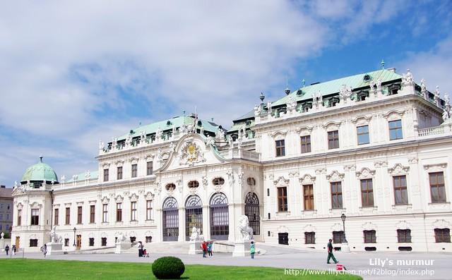 維也納南火車站附近的美景宮。庭園正在整修中。