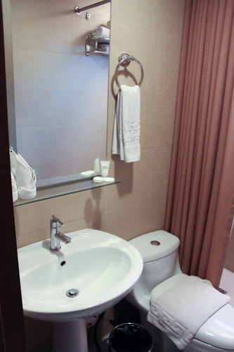 One Bedroom Suite at One Tagaytay Place - 4