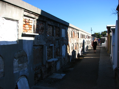 wall of graves