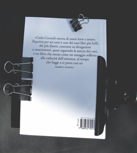 Carlo Coccioli, Requiem per un cane, Marsilio 2010, [responsabilità grafica non indicata], q. di cop. (part.), 1