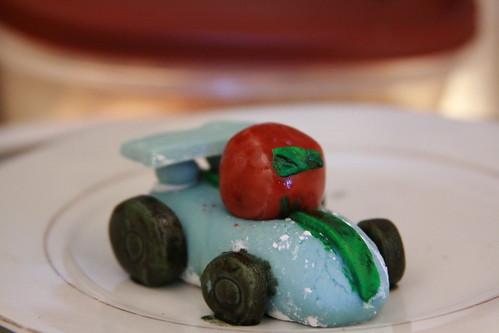 marshmallow fondant car