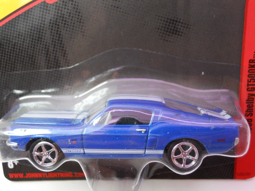 JOhnny Lightning 1968 Shelby GT500KR (2)
