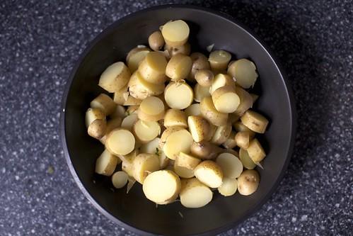 boiled fingerling potatoes