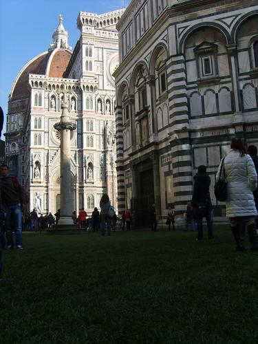 Firenze, Piazza Duomo con prato, Florence Piazza Duomo with lawn