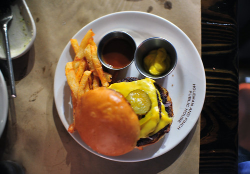 Holeman & Finch Cheeseburger