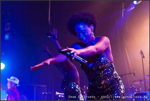 Esther Cowens / Jan Delay & Disko No.1