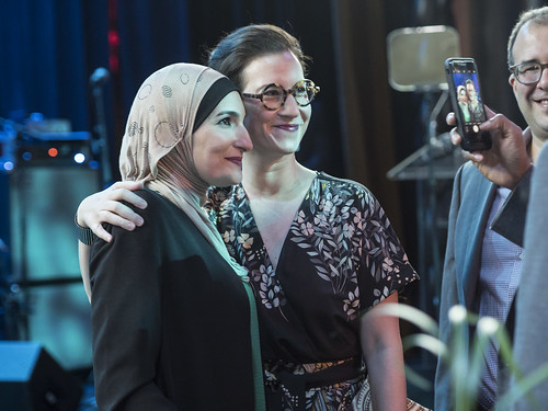 Linda Sarsour and Lauren Wolfe