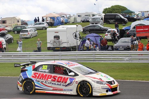 Matt Simpson in BTCC action at Oulton Park, May 2017