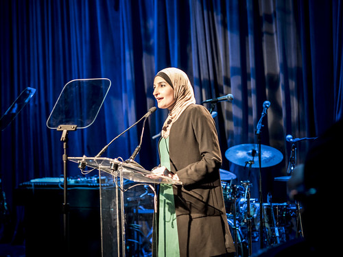 Activist Linda Sarsour speaks at WITNESS 25th Anniversary Benefit