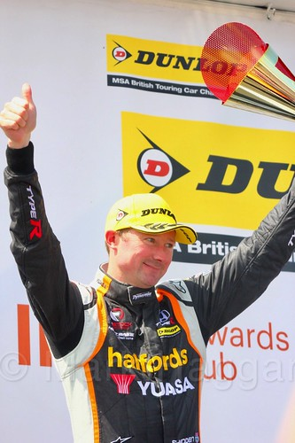 Gordon Shedden on the BTCC podium at Thruxton, May 2017