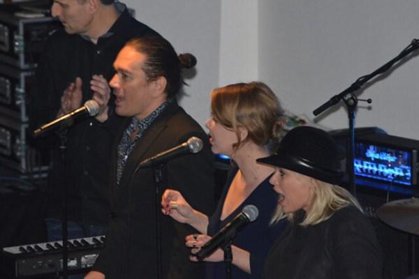 Optreden-Marcella-en-Martijn-met-Thom-and-the-jerrys
