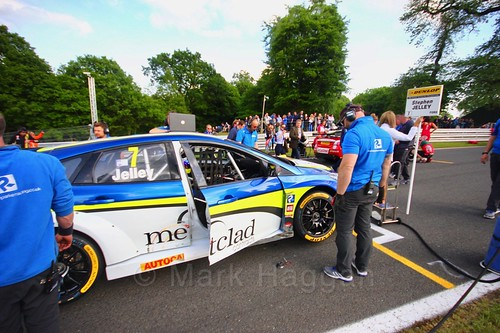 Stephen Jelley on the BTCC grid at Oulton Park, May 2017