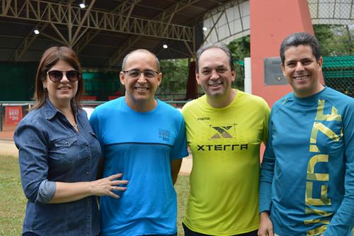 Andreia e Roberto Maia, Luciano Araújo, presidente da FIEMG Vale do Aço, e Eduardo