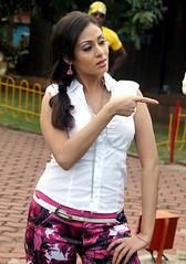 Indian Actress SADA Photos Set-4 (25)