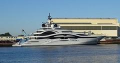 """Die Jacht. Die Jachten. Die Yacht. Die Yachten. Diese Jacht ist ausgesprochen elegant und schön. • <a style=""""font-size:0.8em;"""" href=""""http://www.flickr.com/photos/42554185@N00/34983517154/"""" target=""""_blank"""">View on Flickr</a>"""