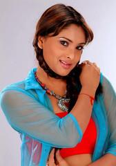 Indian Actress Ramya Hot Sexy Images Set-2  (16)