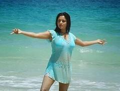 Indian Actress Ramya Hot Sexy Images Set-2  (5)