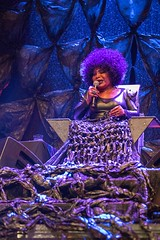 """Elza Soares - Primavera Sound 2017 - Jueves - 2 - M63C3734 • <a style=""""font-size:0.8em;"""" href=""""http://www.flickr.com/photos/10290099@N07/35050145415/"""" target=""""_blank"""">View on Flickr</a>"""
