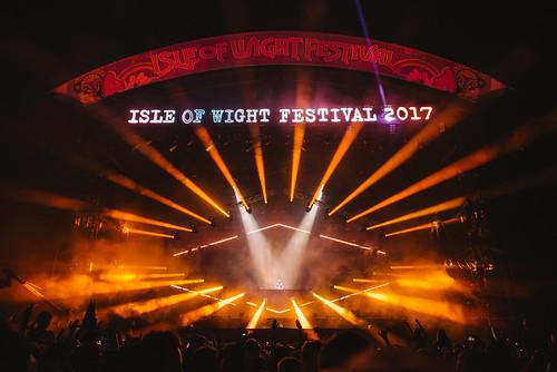 IoW17_Friday_DavidGuetta_Mainstage_CallumBaker_Press-3