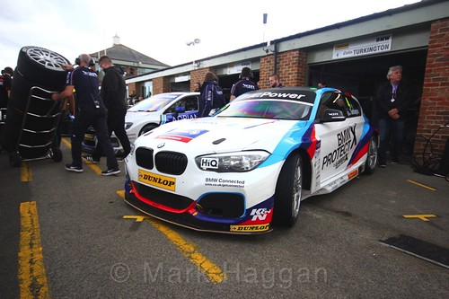 Rob Collard and Colin Turkington head from the garage to the BTCC grid at Croft, June 2017