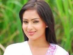 Indian Actress NIKESHA PATEL Hot Sexy Images Set-1 (88)