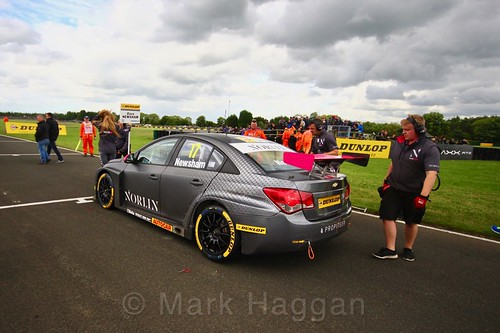 Dave Newsham on the BTCC grid at Croft, June 2017
