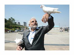 WORLD LEADER NARENDRA MODI EXCLUSIVE 100 RARE HD PHOTOS SET-1 (91)