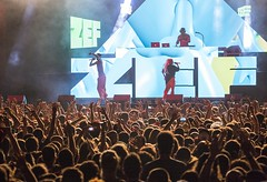 """Die Antwoord - Cruilla Barcelona 2017 - Viernes - 4 - M63C6270 • <a style=""""font-size:0.8em;"""" href=""""http://www.flickr.com/photos/10290099@N07/34956865244/"""" target=""""_blank"""">View on Flickr</a>"""