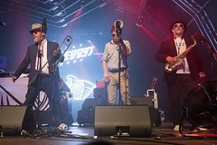 "Fat Freddy's Drop - Sonar 2017 - Sabado - 1 - M63C7108 • <a style=""font-size:0.8em;"" href=""http://www.flickr.com/photos/10290099@N07/34544989144/"" target=""_blank"">View on Flickr</a>"
