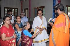 A Longest Duration Audio DVD SRI GURUSAMHITAA, Sung By Chinmaya M.Rao Releasing Event Photos (25)