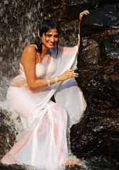 Indian Actress Haripriya Hot Sexy Images Set-1  (14)