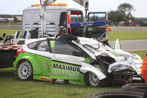 Stewart Lines crashes out during BTCC at Snetterton, July 2017