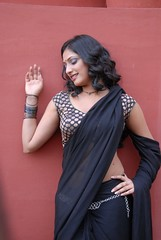 Indian Actress Haripriya Hot Sexy Images Set-2  (9)